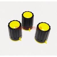 Ручка для переменного резистора R-04 черная/желтая (D=15мм H=21мм), с указателем