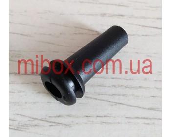 гибкий ввод для корпуса РЭА №4 (посад.отв. ф9,5, вн.ф6,4мм), черный